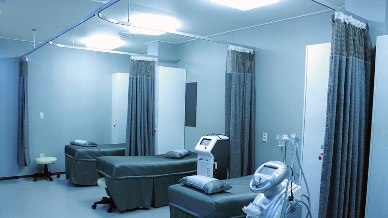 Cortinas, la solución a medida en establecimientos de salud
